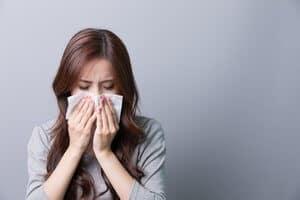 Rinitis Tanpa Alahan (Nonallergic Rhinitis) - Simptom, Punca, Diagnosis, Faktor Risiko dan Rawatan