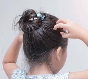Kutu (Lice) - Simptom, Punca, Faktor Risiko dan Rawatan