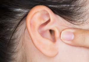 Tinnitus - Simptom, Punca, Diagnosis, Faktor Risiko dan Rawatan