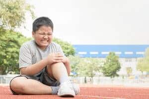 Penyakit Osgood-Schlatter (Osgood-Schlatter disease) - Simptom, Punca dan Rawatan