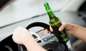 Memandu sambil mabuk: Bagaimanakah arak mempengaruhi otak kita?