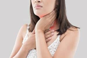 10 Petua Berkesan Untuk Merawat Tonsil Bengkak