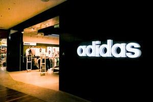 10 kasut Adidas terbaik 2019 & 2020