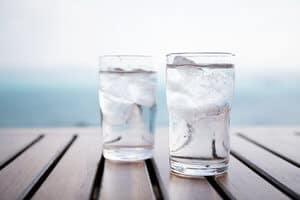 Kebaikan dan Keburukan Meminum Air Ais