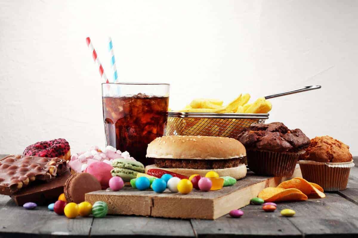 Makanan tidak baik untuk penyakit jantung