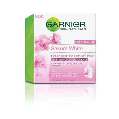 Garnier Sakura Pinkish Radiance Moisturizing Cream SPF21