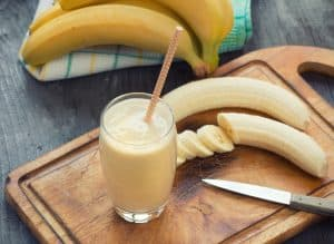 banana yogurt smoothie